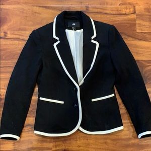 H&M black with white trim blazer